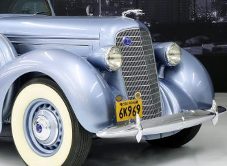 Arizona Concours features classic Lincoln LeBaron Sports Coupe