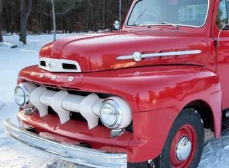 1952 Ford F1 half-ton pickup