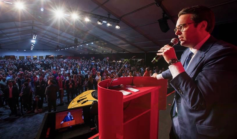 Alain Squindo, RM Sotheby's chief operating officer, leads the LaFerrari auction | Ferrari photos