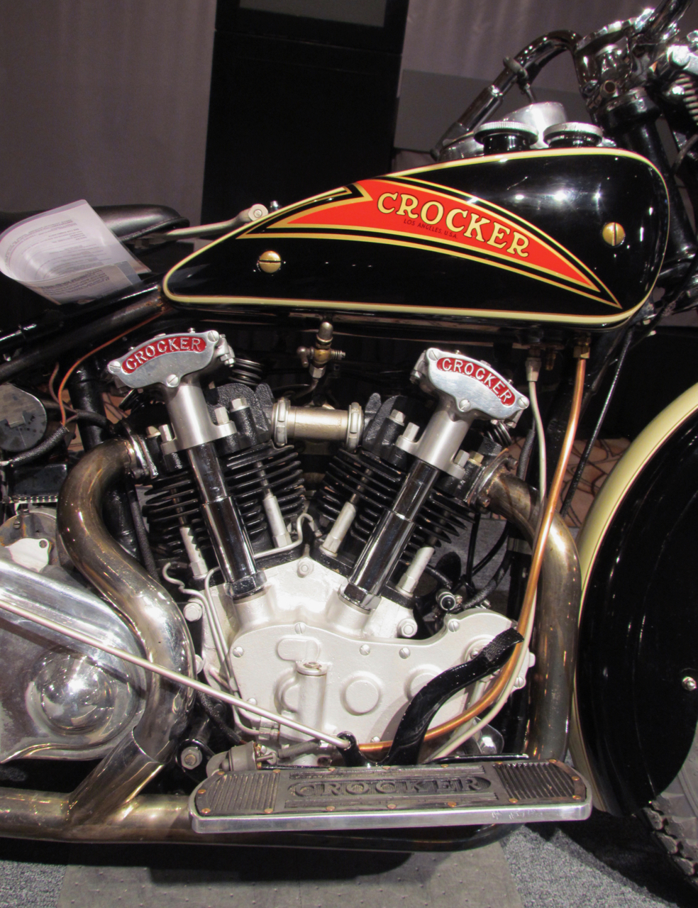 Hemi-headed V-twin made Crocker 10-15 mph faster than other motorcycles