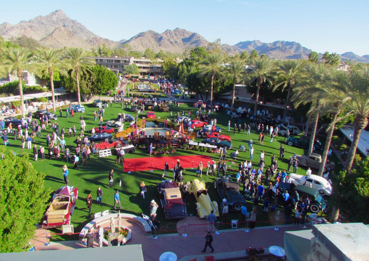 Roof-top view of the Arizona Concours d'Elegance at the Biltmore resort | Larry Edsall photos