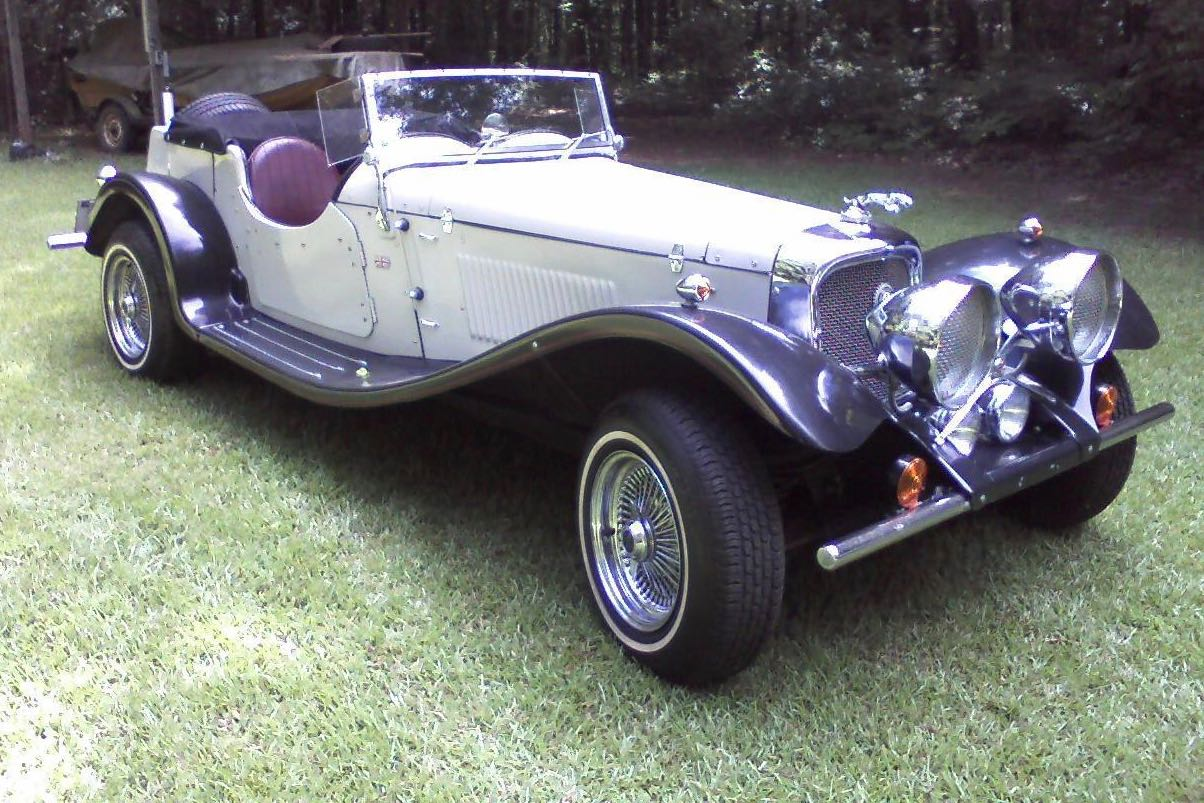 1937 Jaguar replica uses Mustang components