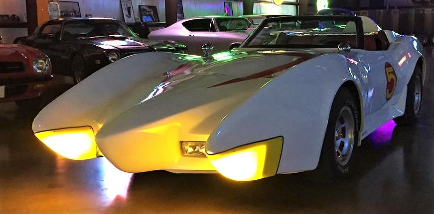 The Speed Racer Corvette has a dramatic set of parking lights