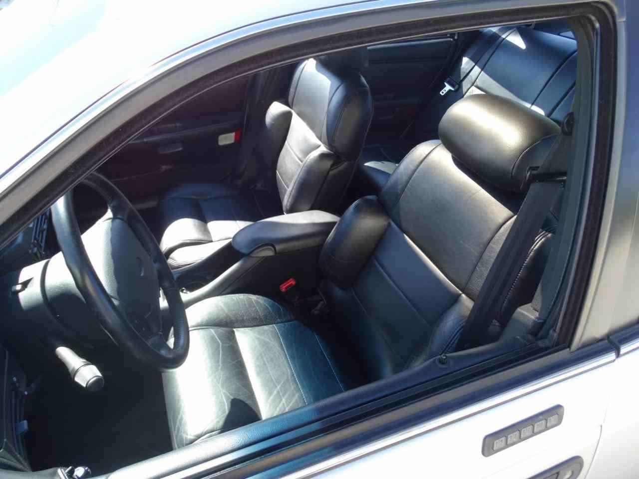 SHO featured leather sport seats