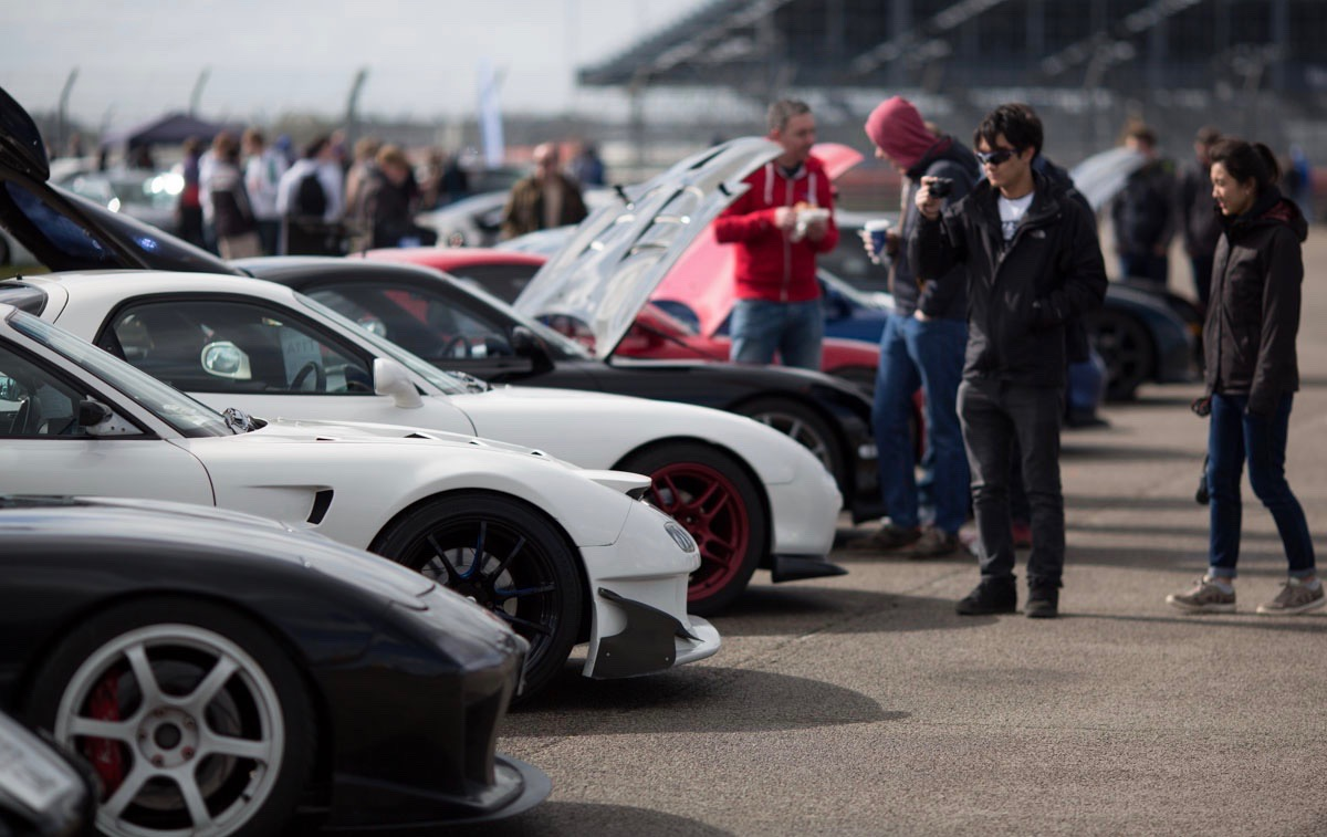 Visitors check out the cars at 2016 all-Japanese car show | Japfest photos