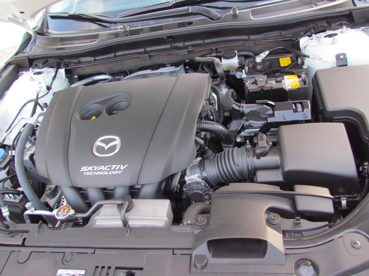 Engine provides 814 horsepower