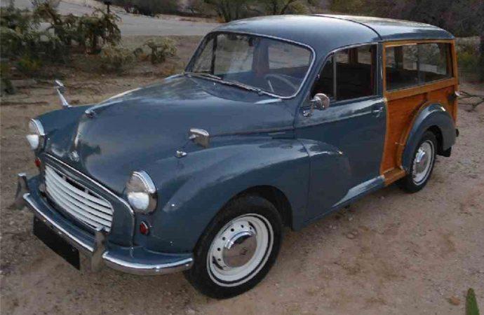 1959 Morris Minor Deluxe Traveler