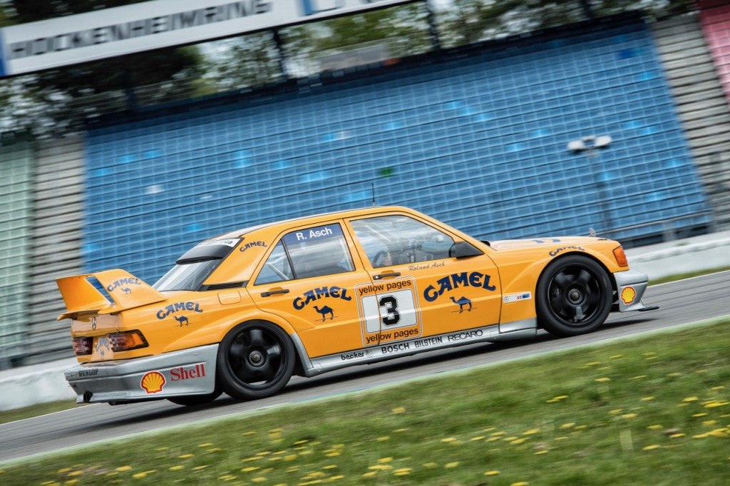 Mercedes-Benz 190 E This 2.5-16 Evolution II racing car is like the one Roland Asch raced | Mercedes-Benz photos