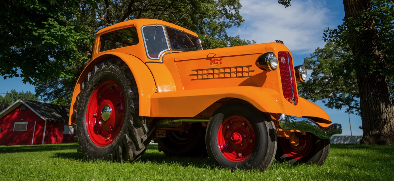 1938 Minneapolis-Moline UDLX could work in orchards, then be driven into town | Mecum Auctions Gone Farmin' photos