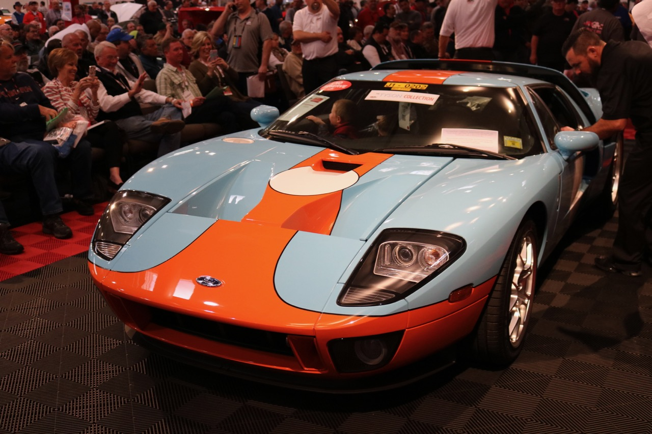 2006 'Heritage Edition' Ford GT hammered sold for $470,000 | GAA photos