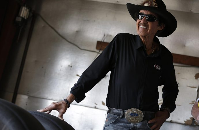 'The King' honored with all-star NASCAR panel at the Petersen