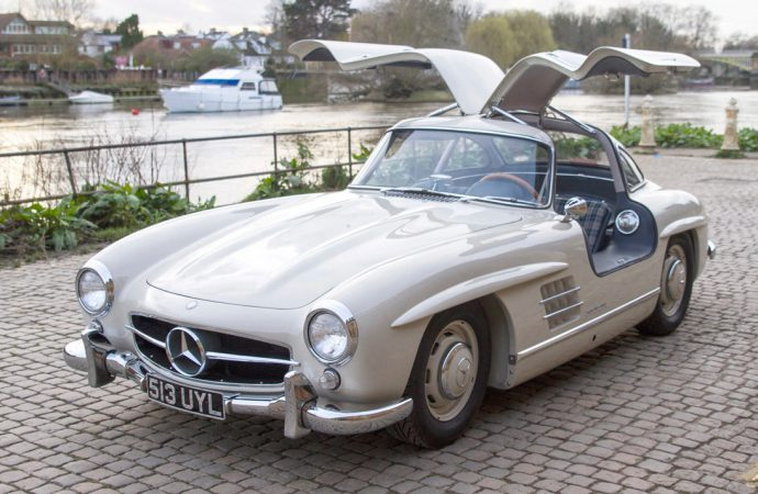 Monaco '57, electric-vehicle history, Coys sale on Essen agenda