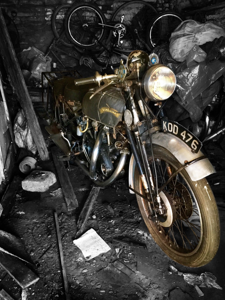 Barn-found 1949 Vincent White Shadow sell for $210,000+ at Bonhams auction in England | Bonhams photos