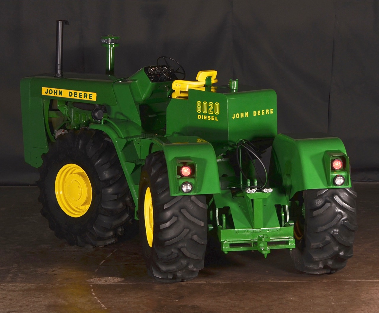 8020 is articulated for better maneuverability of the massive tractor