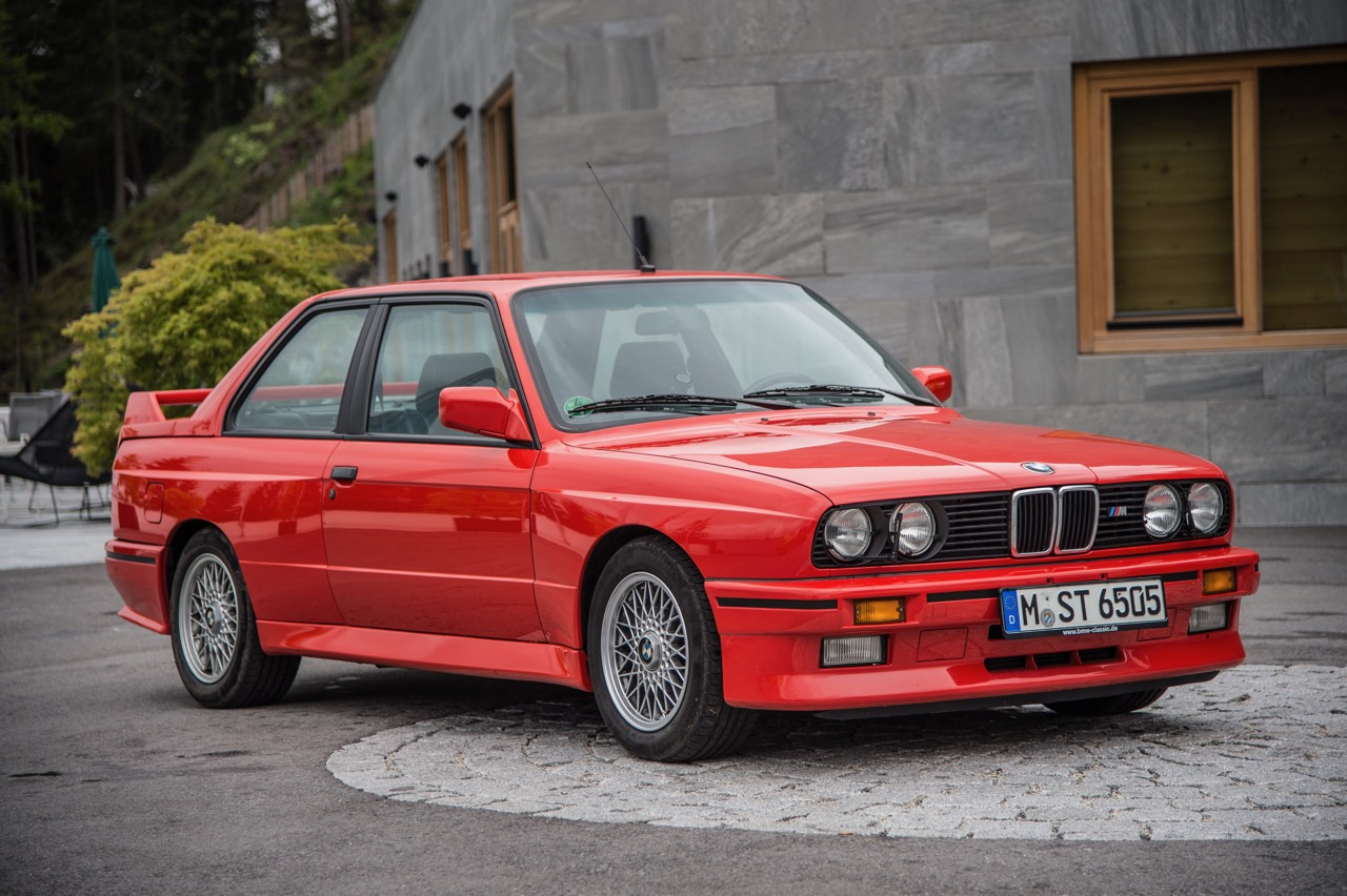 Vintage E30 BMW M3 might be just what is needed for track day activities | BMW photo