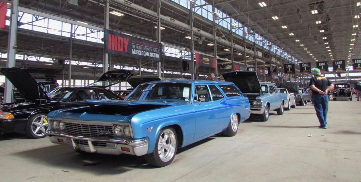 Indiana State Fairgrounds buildings host Mecum Auction's annual spring sale | Larry Edsall photo