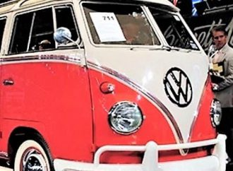 Another VW microbus shocker at Barrett-Jackson in Palm Beach