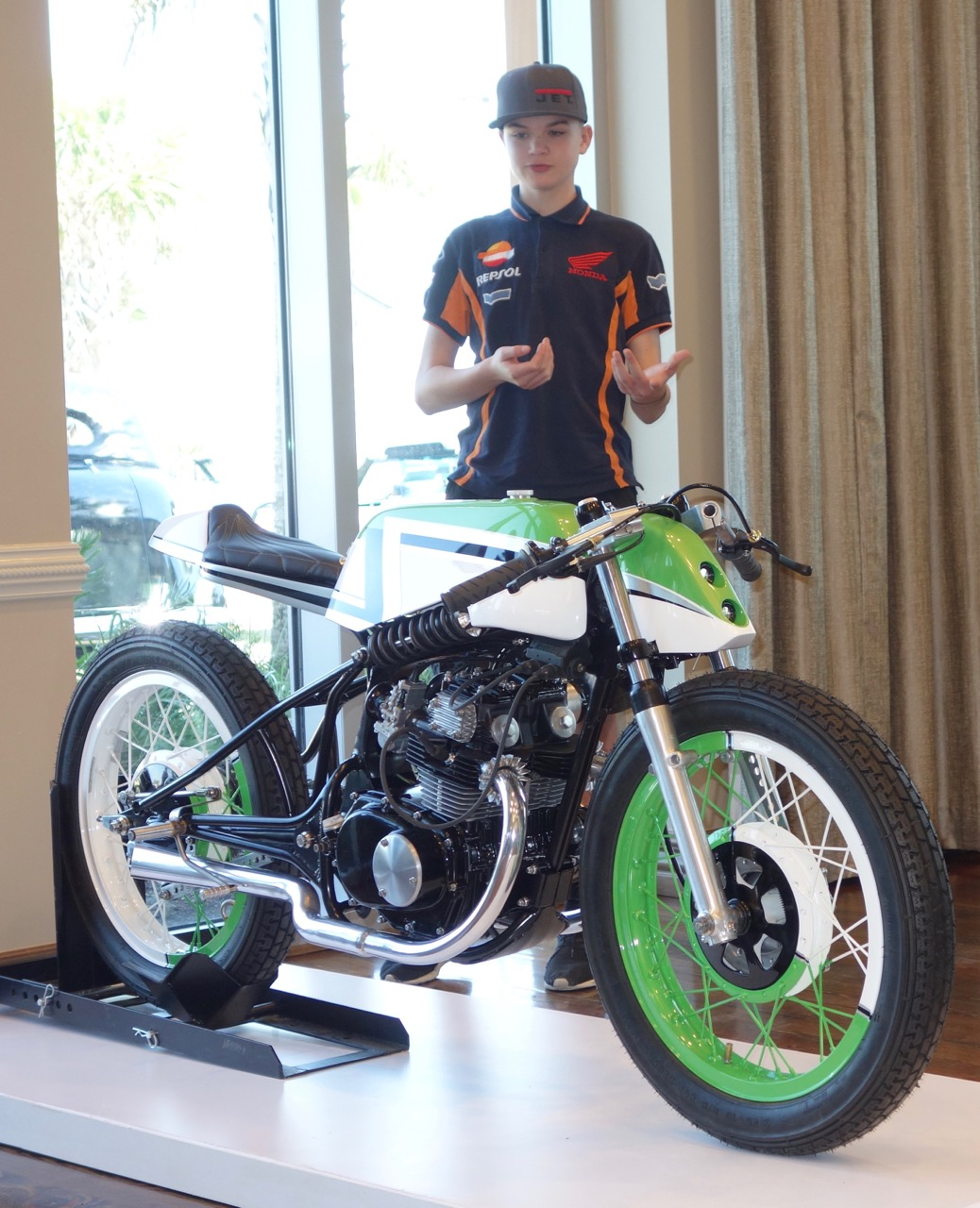 Zeker Dezeeuw and his Zooid cafe racer