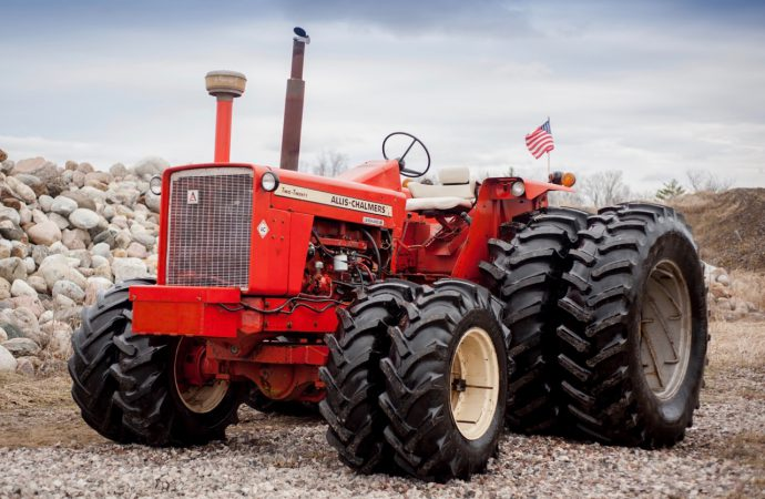 Mecum goes international with vintage tractors in Canada