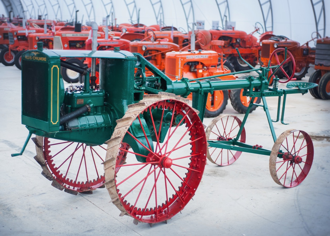 1920 Allis-Chalmers 6-12 is among oldest examples from the brand | Mecum Auctions photos