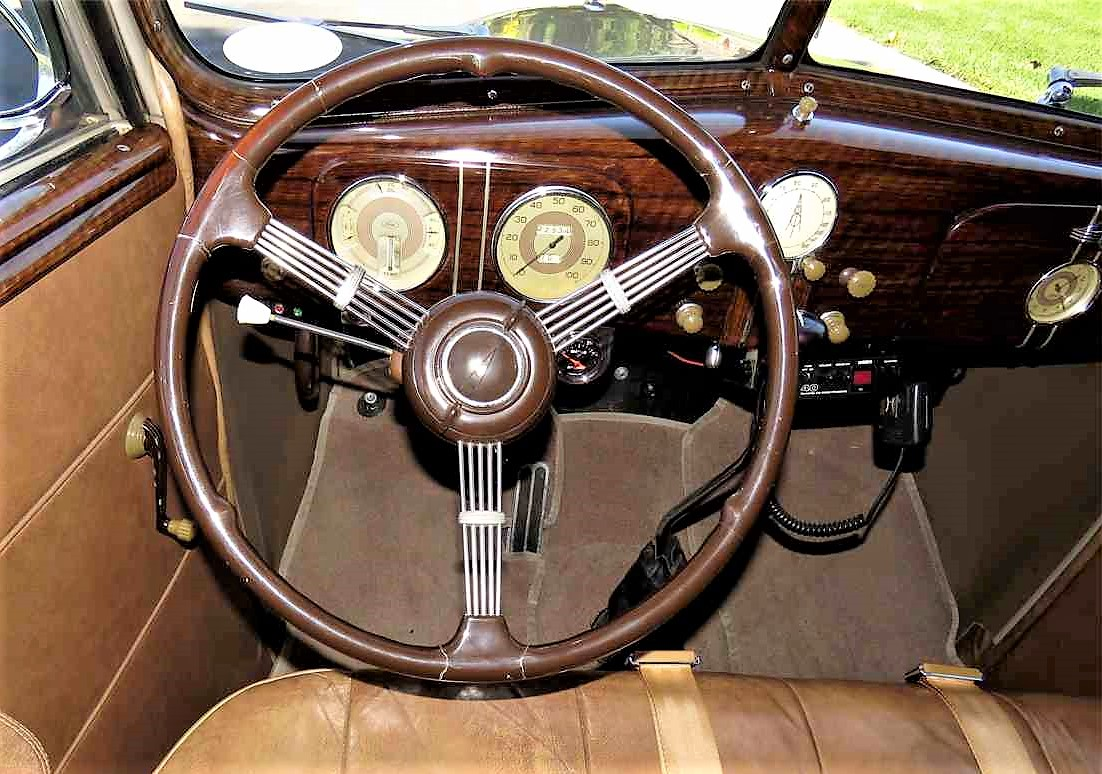 The dashboard looks authentic, but there are just two pedals