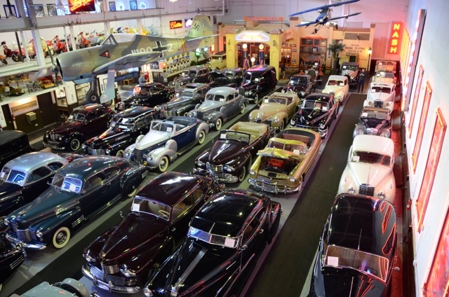 Klairmont Kollection features 300 cars in its Chicago 'museum' | Photos by Larry Nutson