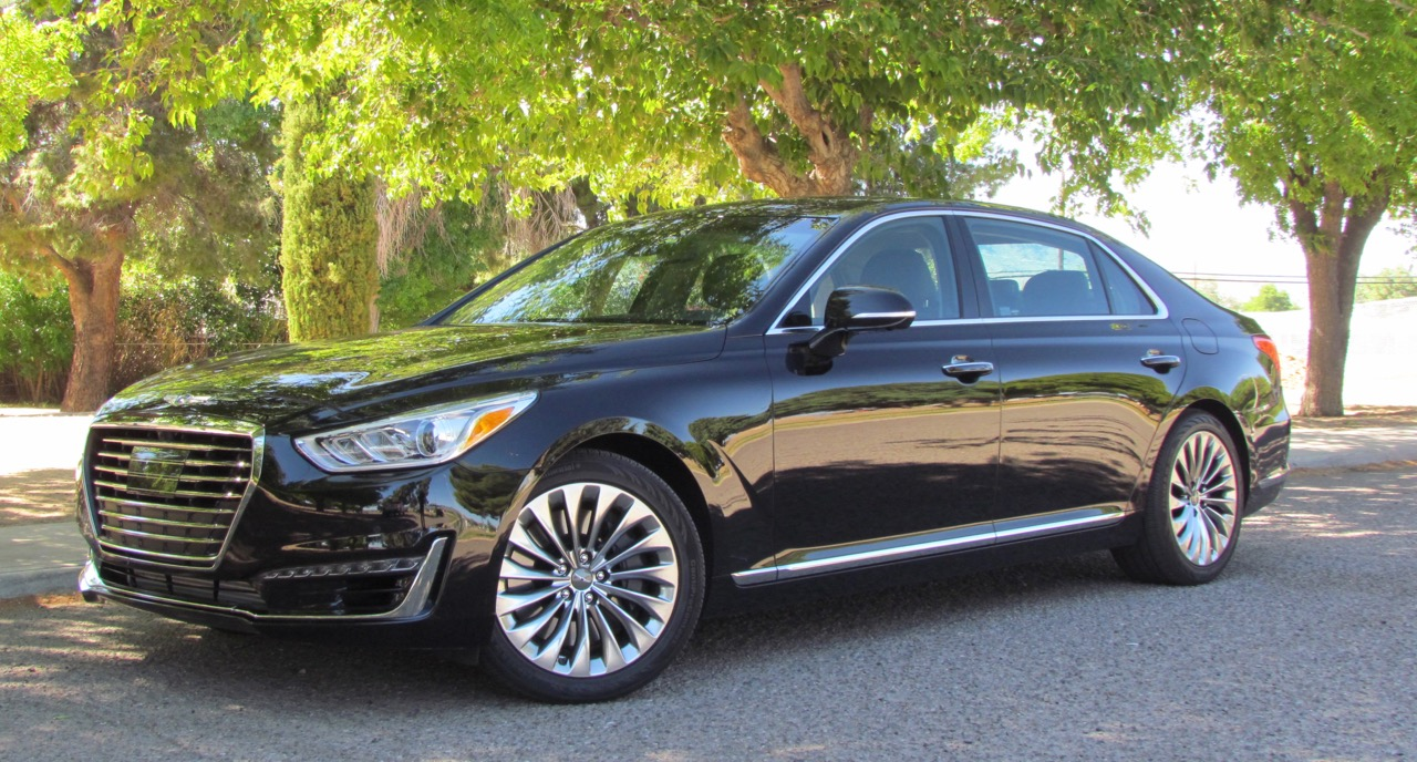The G90 is the flagship of Hyundai's luxury Genesis lineup | Larry Edsall photos