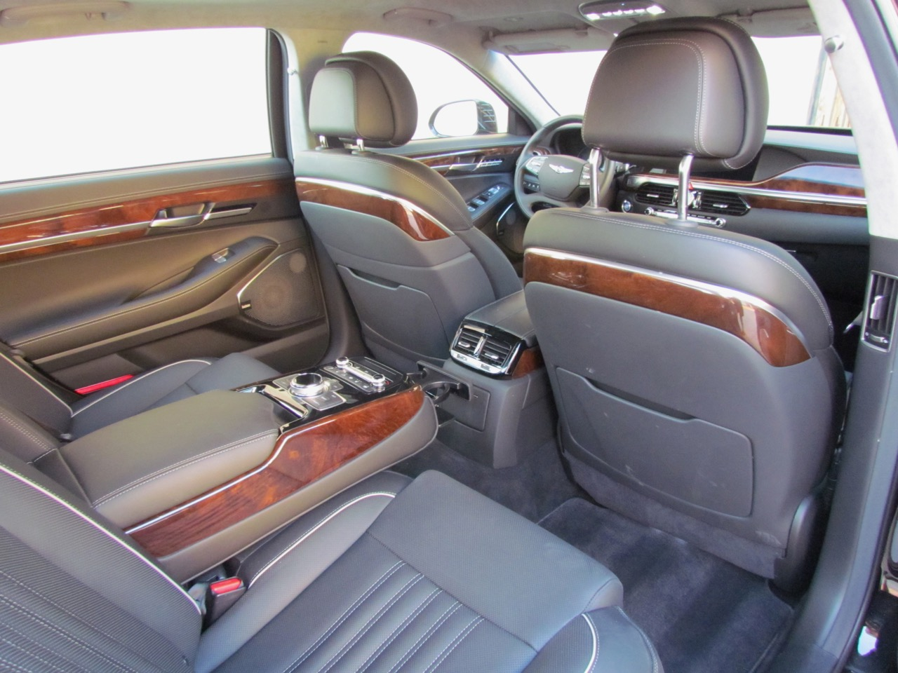 Limo-level luxury in the G90