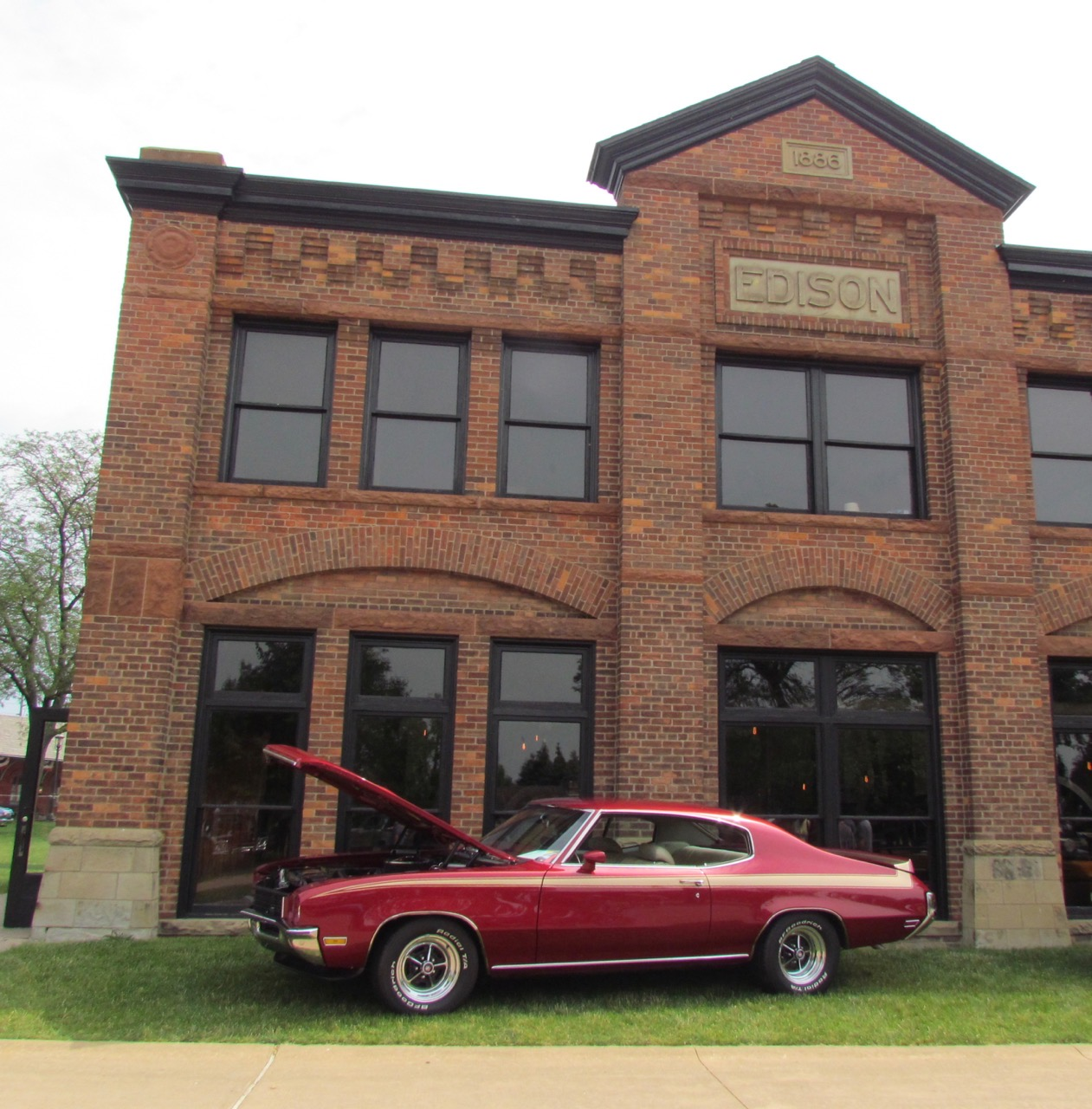 A 1972 Buick Skylark in front of the historic Edison powerhouse
