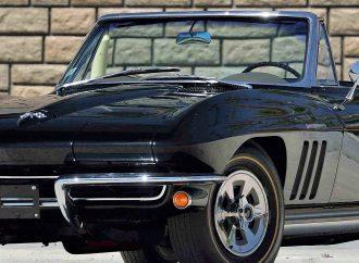 Hot Corvettes, Camaros star at Mecum's Portland auction