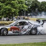 mad-mike-whiddet-will-drift-his-way-up-the-goodwood-hillclimb-in-a-mazda-rx-7