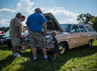 Iola welcomes car enthusiasts, even younger ones