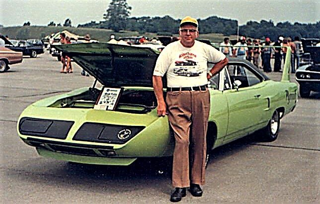 Monroe Schellinger and his Superbird at the 1982 Mopar Nationals | Doug Schellinger