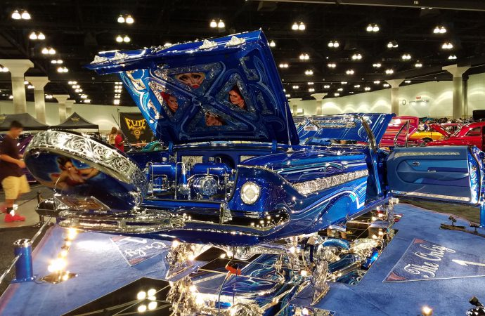 Petersen, ClassicCars.com to showcase lowriders at Monterey