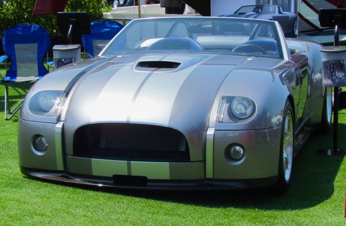 V10-powered Ford Shelby Cobra concept up for bidding in November