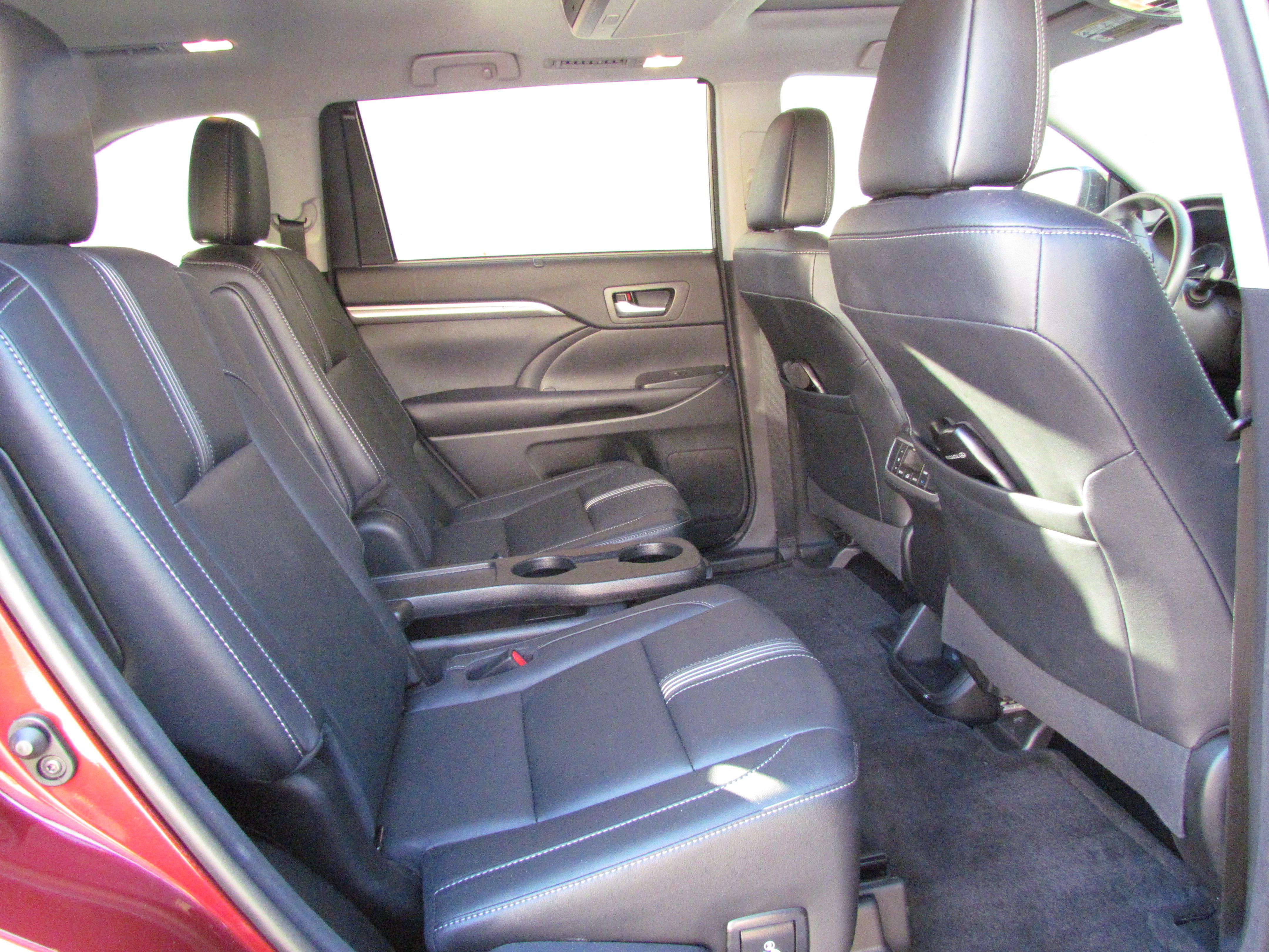 Driven 2017 Toyota Highlander Se Classiccars Com Journal
