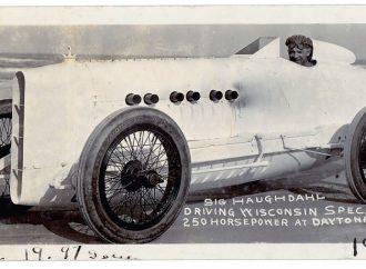 Sig Haughdahl sets land-speed record