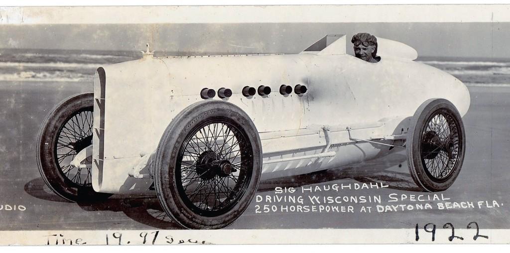 Wisconsin-Special-Postcard-1024x508 (1) - ClassicCars.com Journal
