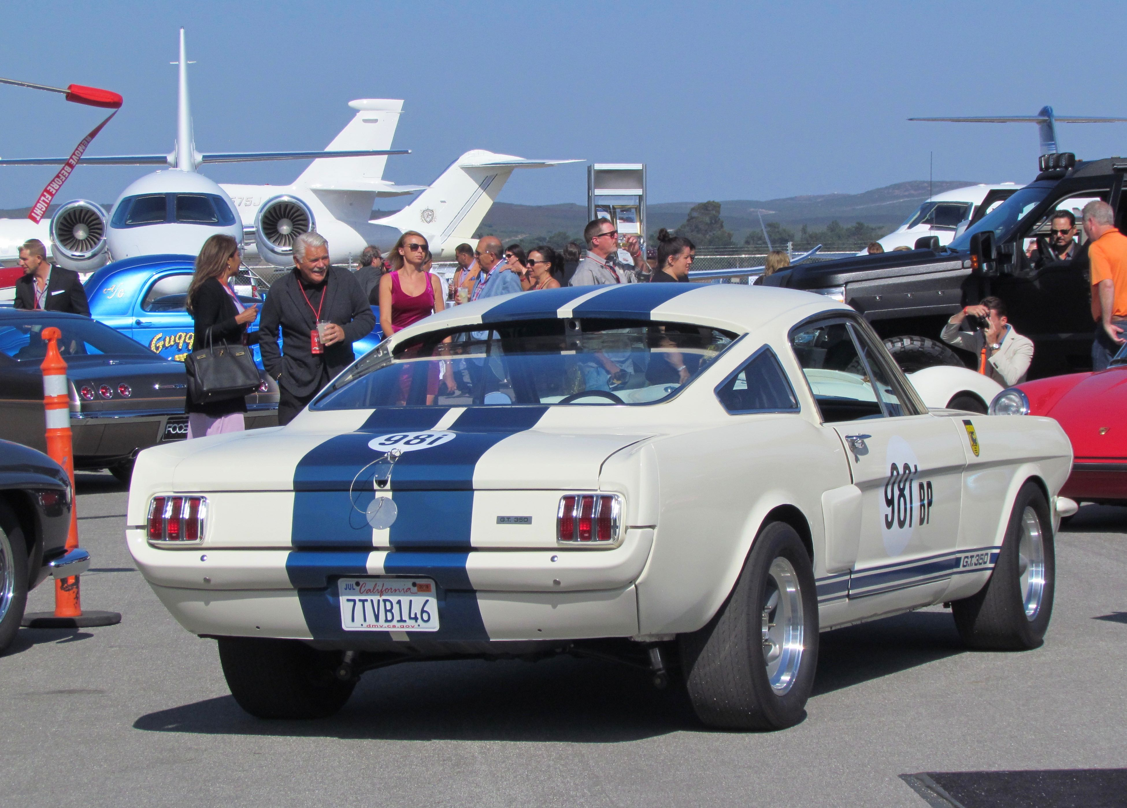 Shelby\'s Venice crew brings back GT350R - ClassicCars.com Journal