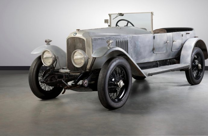 Australian record-setters heading to auction