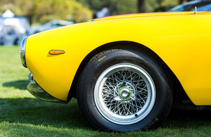 Pirelli expands tire line for cars of the 1950s, '60s and '70s