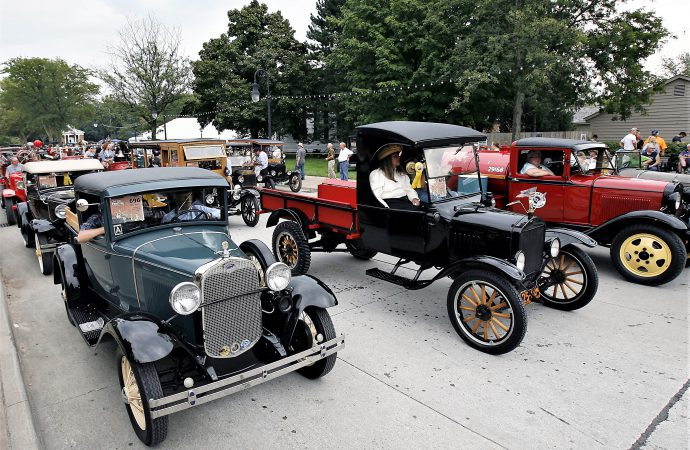 Old Car Festival, splendor in France, and new upcoming events