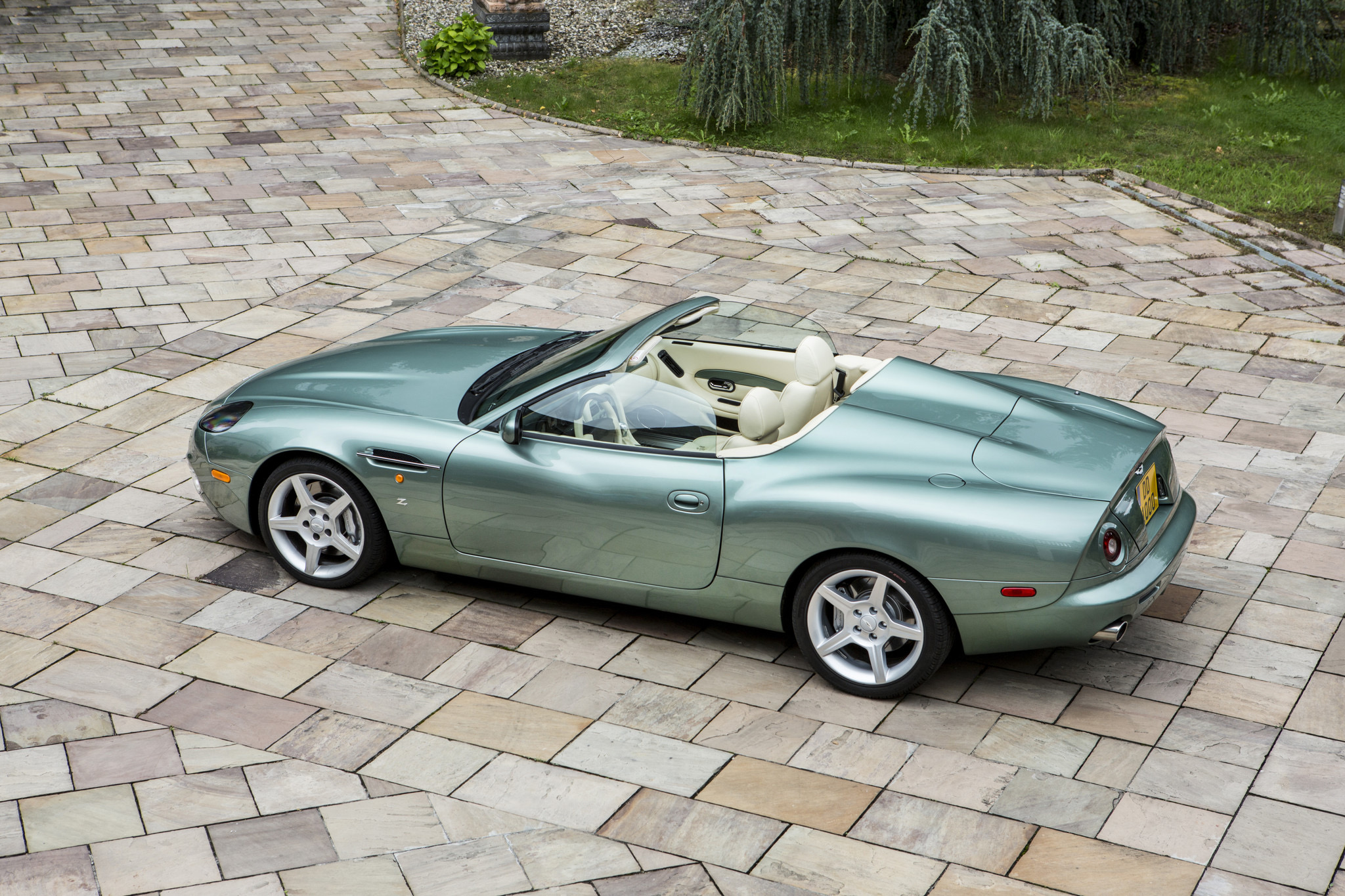 , Bonhams' Zoute auction features luxurious 4×4 selling for charity, ClassicCars.com Journal
