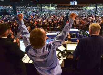 Barrett-Jackson's Las Vegas docket: Celebrities, charities and cars