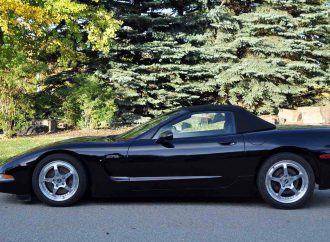 Twin turbocharging enhances 1999 Lingenfelter Corvette
