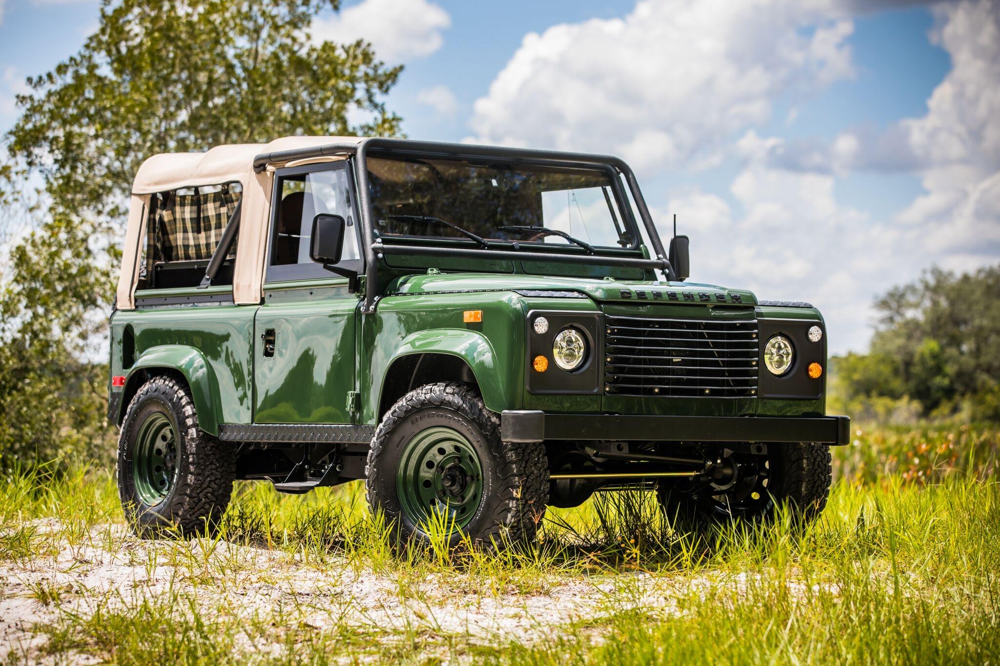 Retro Not Resto Mod Land Rover Going On Tour