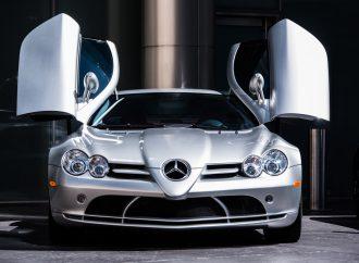 Barrett-Jackson Countdown: 2005 Mercedes-Benz SLR McLaren