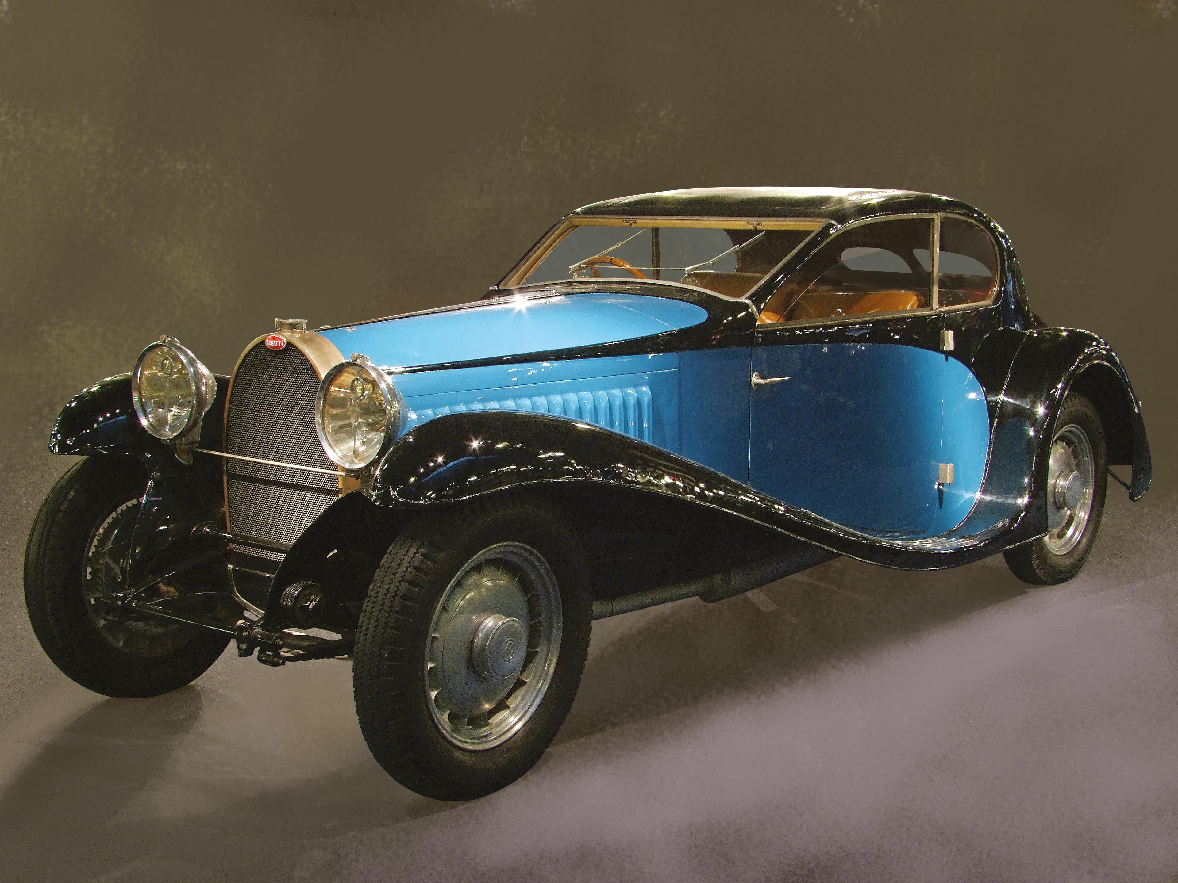 Major European Museums Combine For Car Showcase At InterClassics - Classic car showcase