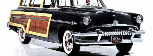 Termite-proof 1954 Mercury woody wagon