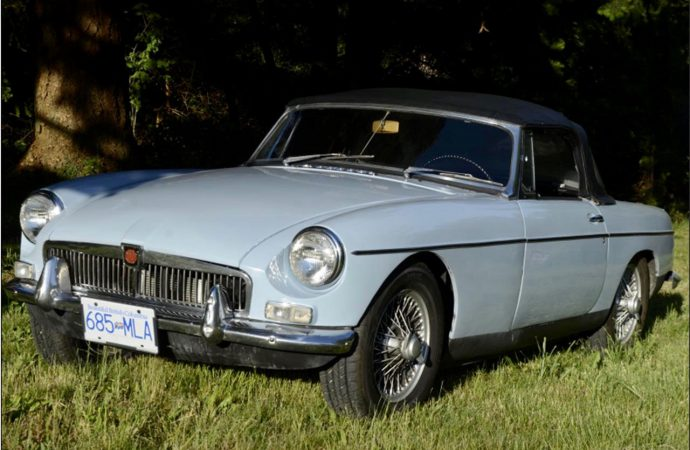 Restored MGB seems ideal for someone's first classic